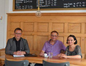notre conseiller Gastro Hansueli Diesterbeck (à gauche) avec Isabel Dionisio et Werner Scherrer.